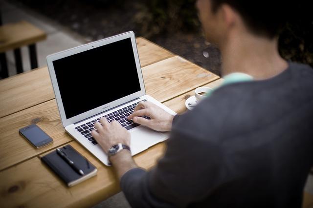 アフィエイトへの道 1.無料ブログを作る